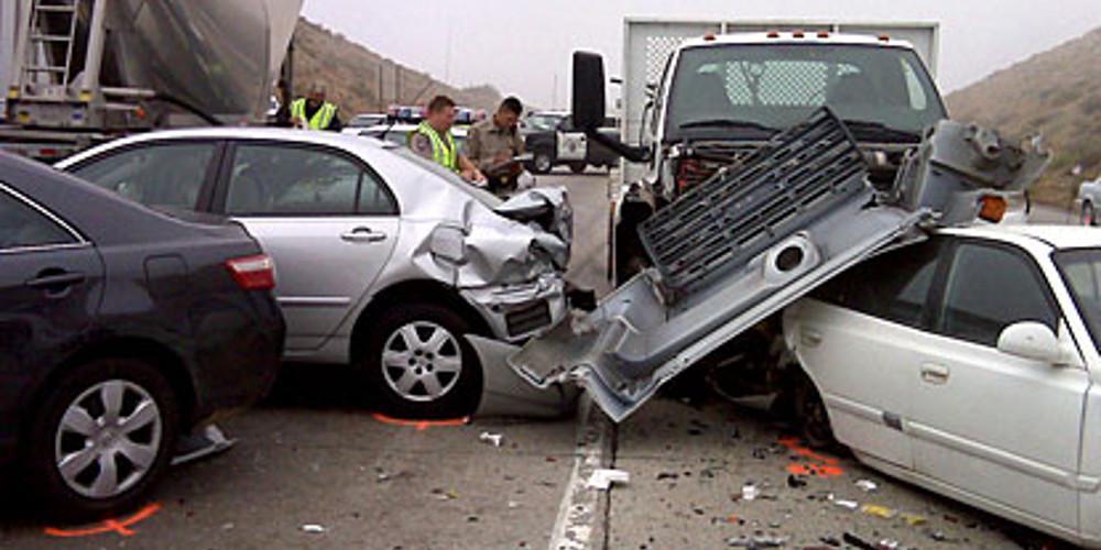 Τρομακτική καραμπόλα 50 οχημάτων με 30 τραυματίες στο Λος Άντζελες [βίντεο]