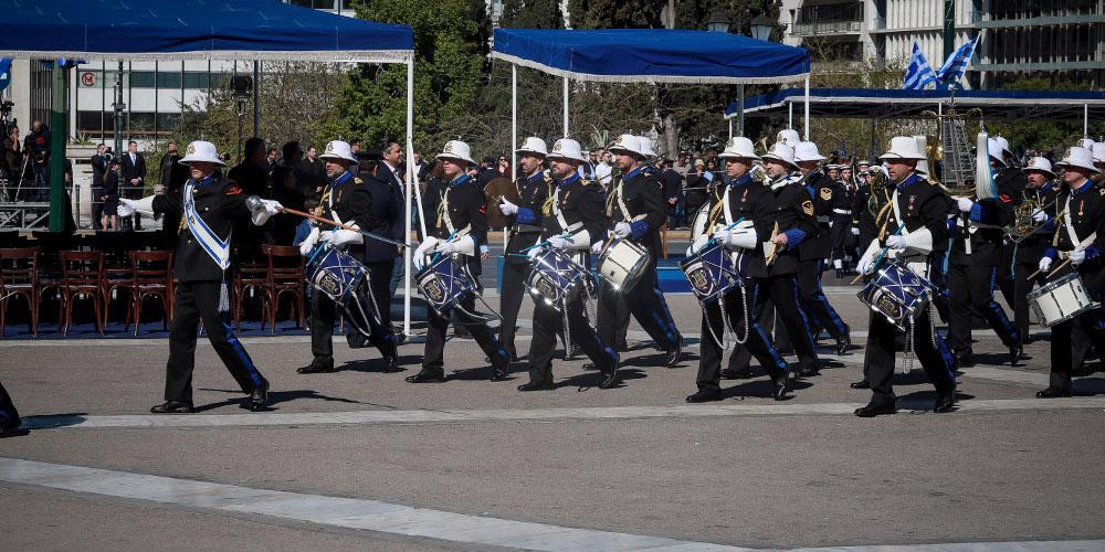 Με το «Μακεδονία Ξακουστή» η μπάντα του Πολεμικού Ναυτικού [βίντεο]