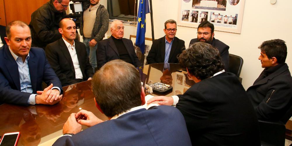 Κρίσιμες ώρες για το ελληνικό μπάσκετ: Η ένταση και οι απουσίες στην σύσκεψη του Βασιλειάδη