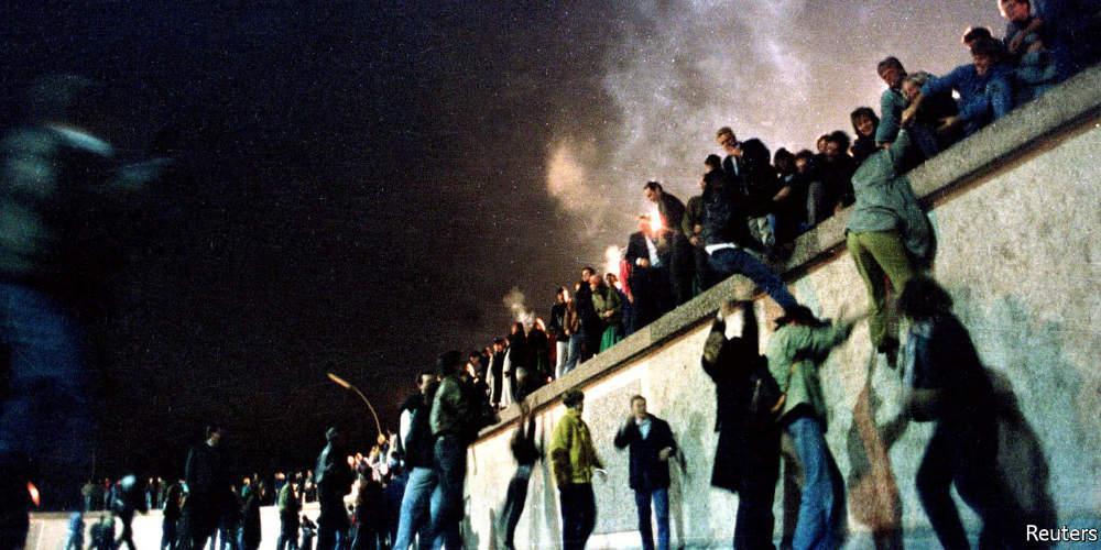 Τείχος του Βερολίνου: 30 χρόνια μετά οι χώρες υψώνουν τα δικά τους τείχη