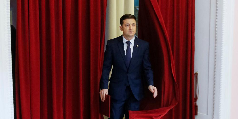 Ο κωμικός Βολοντίμιρ Ζελένσκι εξελέγη νέος πρόεδρος της Ουκρανίας