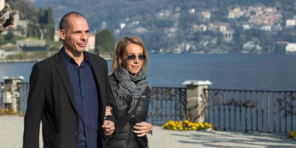 Η Δανάη Στράτου αποκαλύπτει: Ο Γιάνης Βαρουφάκης δεν μου είπε «έκλεισα τις τράπεζες»