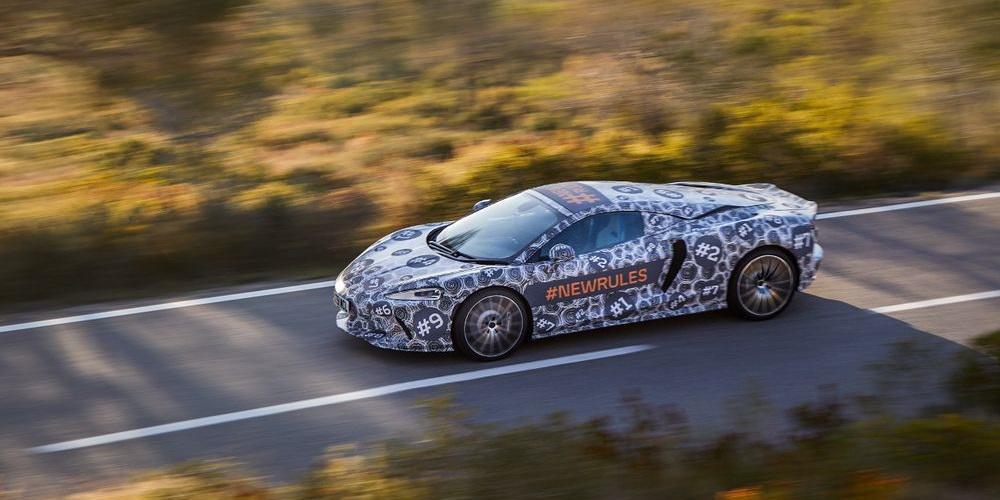 Η McLaren ετοιμάζει ένα νέο GT που υπόσχεται να «σπάσει τους κανόνες»