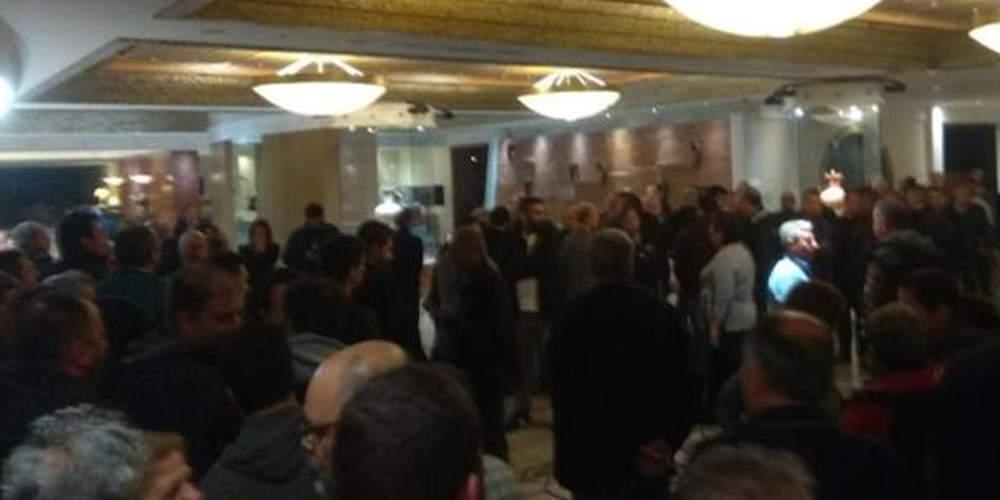 Επεισόδια και συμπλοκές ανάμεσα σε μέλη του ΠΑΜΕ και της διοίκησης της ΓΣΕΕ στη Ρόδο [εικόνες & βίντεο]