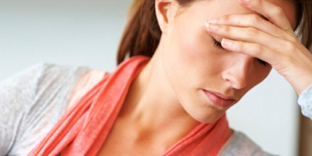 «Το ξεμάτιασμα δεν διώχνει τον πονοκέφαλο» - Τι αναφέρει η Ελληνική Εταιρεία Κεφαλαλγίας