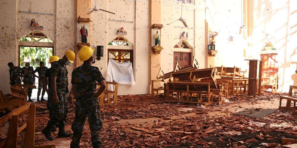 Παγκόσμιος θρήνος: Στους 290 οι νεκροί από τις επιθέσεις στην Σρι Λάνκα