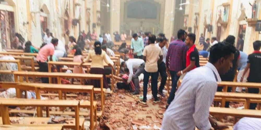 Σοκ: 42 νεκροί και πάνων από 280 τραυματίες από βομβιστικές επιθέσεις σε εκκλησίες στη Σρι Λάνκα [βίντεο]