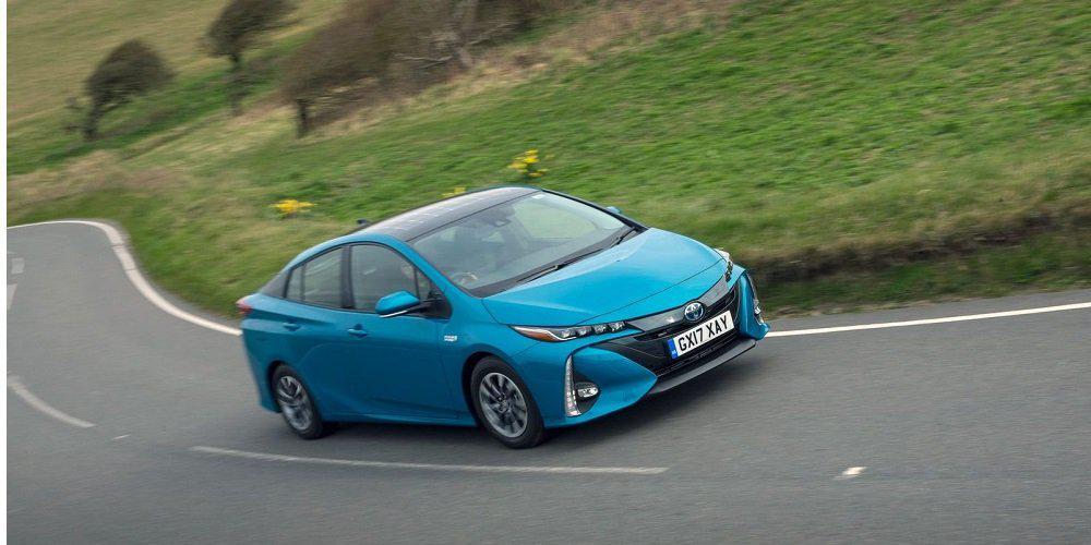 Η Toyota μοιράζεται την υβριδική της τεχνολογία με άλλες εταιρείες χωρίς αμοιβή