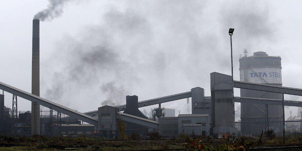 Στο χείλος της κατάρρευσης η χαλυβουργία British Steel - Στον «αέρα» 25.000 θέσεις εργασίας