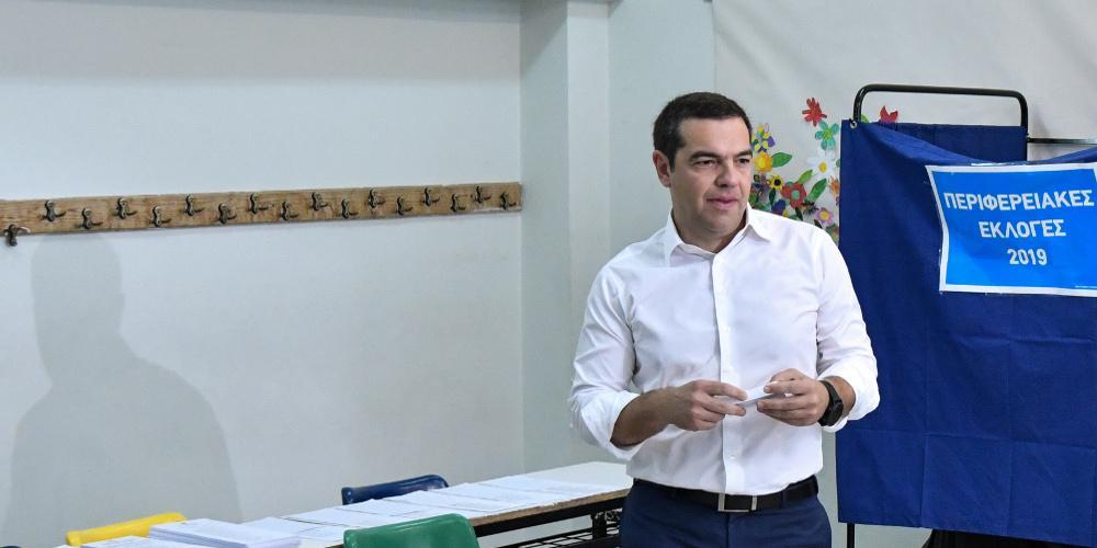 Ψήφισε ο Τσίπρας: Κάλεσμα για στήριξη προοδευτικών υποψήφιων