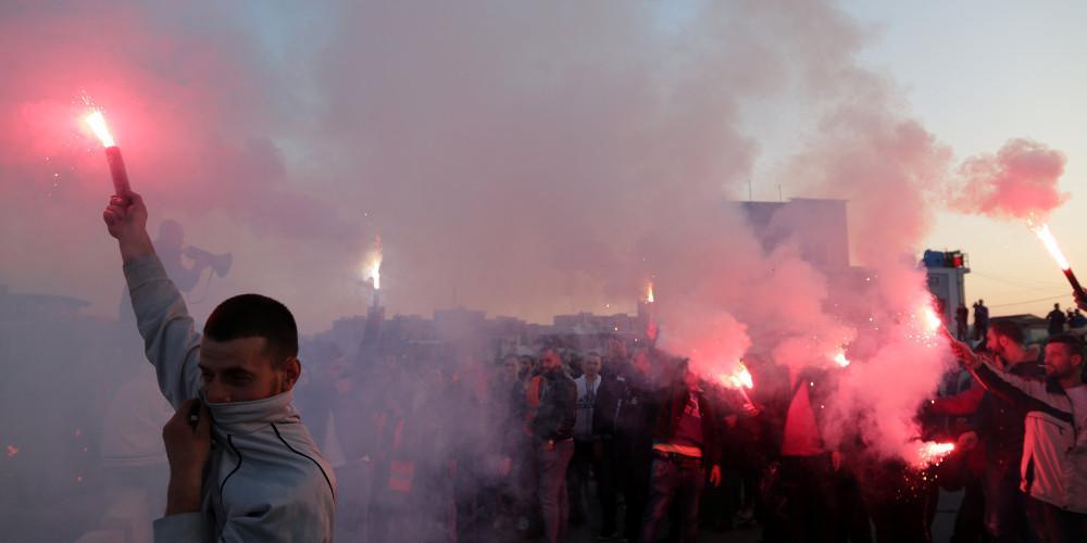 Χάος στην Αλβανία: Συγκρούσεις στους δρόμους, ασυνεννοησία Ράμα-Μέτα