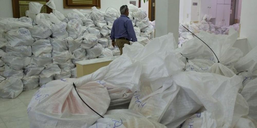 «Αγνοούνται» δεκάδες εκλογικοί σάκοι στο Ηράκλειο - Σημαντική καθυστέρηση στη σταυροδοσία