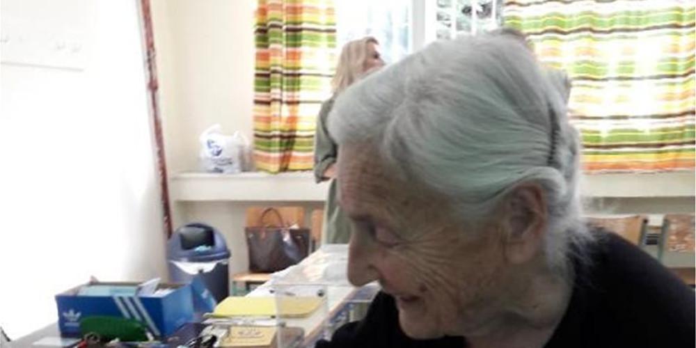 Εκλογές 2019: Γιαγιά 103 ετών στα Ιωάννινα πήγε να ψηφίσει [εικόνες]