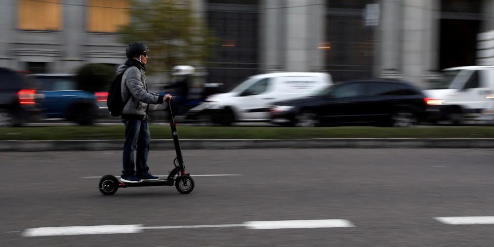 Στη Βουλή το νομοσχέδιο για την μικροκινητικότητα – Τι προβλέπεται για ηλεκτρικά πατίνια, skateboard, μοτοποδήλατα