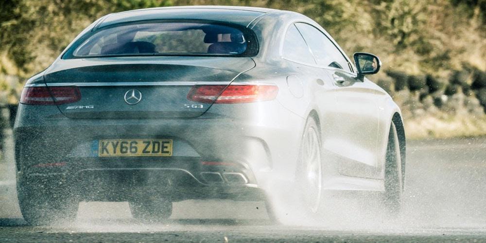 Ο Chris Harris οδηγεί την πολυτελή Mercedes-AMG S63 Coupe των 577 ίππων