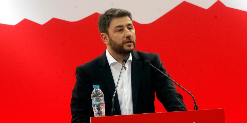 Νίκος Ανδρουλάκης για Γεννηματά: Περαστικά στην Πρόεδρο – Αναστέλλω την προεκλογική δραστηριότητα