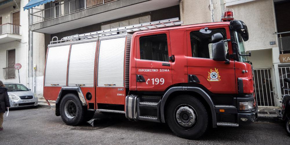 Πυρκαγιά σε ισόγειο στον Πειραιά – Εκκενώθηκε άμεσα