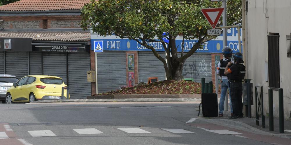 Έληξε η ομηρία στην Τουλούζη - 17χρονος, γνωστός στις αρχές, ο δράστης