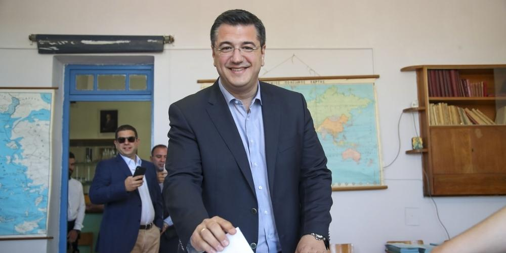 Για εκλογή από τον πρώτο γύρο πάει ο Απόστολος Τζιτζικώστας στη περιφέρεια Κεντρικής Μακεδονίας