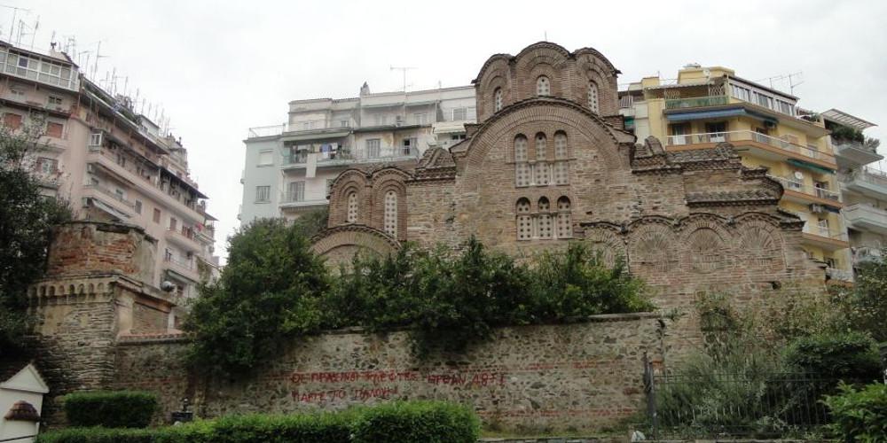 «Μπλόκο» του Δήμου Θεσσαλονίκης στην πεζοδρόμηση της Αγίας Σοφίας κάτω από την Τσιμισκή