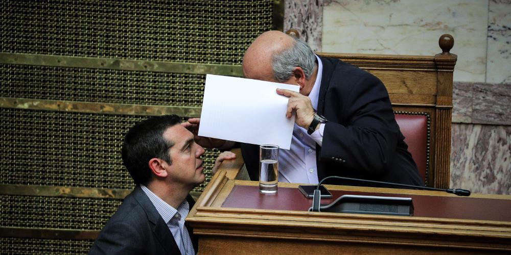 Και όμως ο Βούτσης λέει αλήθεια: Δεν νοιώθω ίχνος ενοχής για τις μετατάξεις στη Βουλή [βίντεο]