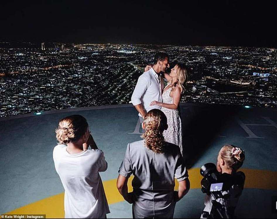 Ένα απίστευτο πάρτι στην Μύκονο από την γυναίκα του Ρίο Φέρντιναντ [βίντεο]