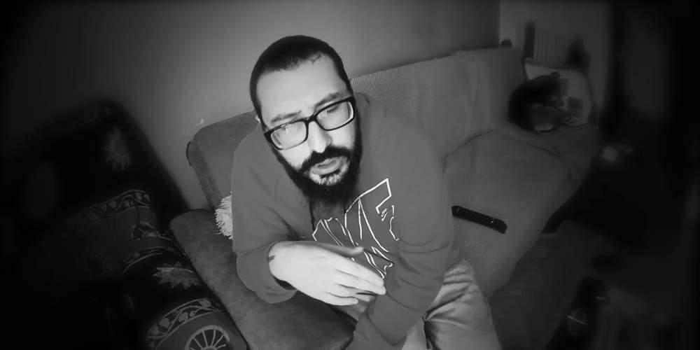 «Μου έστησαν πλεκτάνη» λέει ο ράπερ που συνελήφθη για ναρκωτικά και άφέθηκε ελεύθερος [βίντεο]