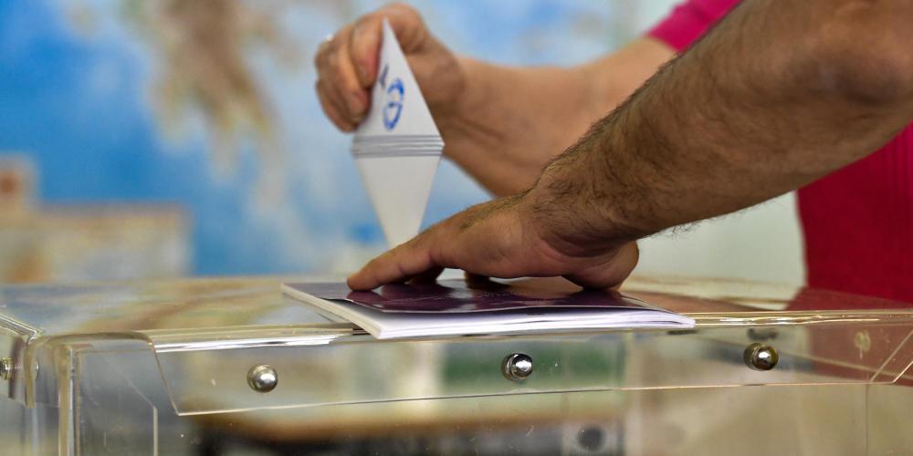 Δημοσκόπηση Pulse: Το 82% εμπιστεύεται τα μέτρα της κυβέρνησης – Προβάδισμα 23 μονάδων έναντι του ΣΥΡΙΖΑ