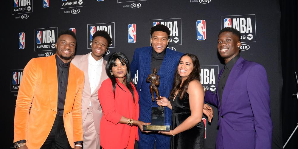 Γιάννης Αντετοκούνμπο: Το παιδί από τα Σεπόλια που κατέκτησε έγινε MVP του NBA