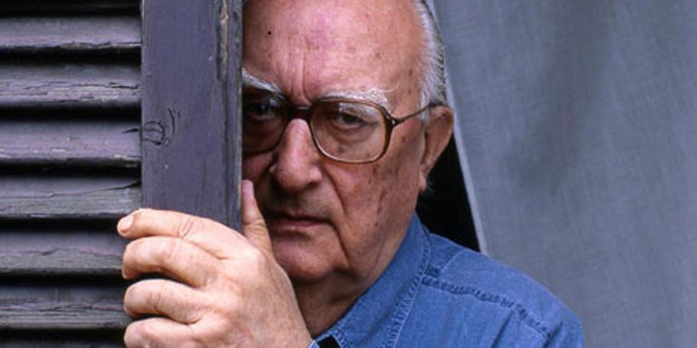 Σε μηχανική υποστήριξη, παραμένει ο διάσημος συγγραφέας Αντρέα Καμιλέρι