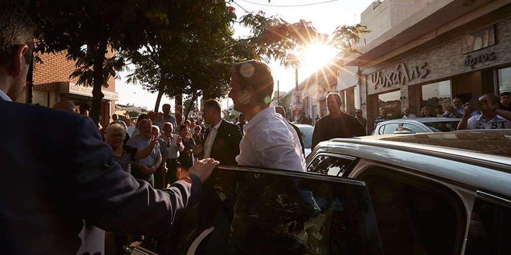 Σε Συριζαίο δήμαρχο πήγε πρώτα ο Κυριάκος Μητσοτάκης: Θα είμαι στο πλευρό όλων των δημάρχων