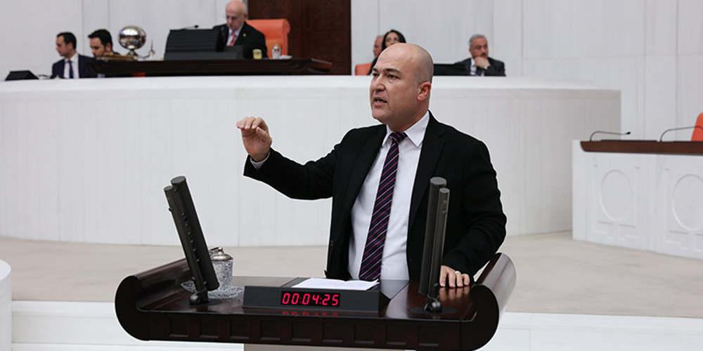 Σε παραλήρημα Τούρκος βουλευτής έκανε επερώτηση διαμαρτυρόμενος για 17 νησιά και μία βραχονησίδα που ανήκουν στην Ελλάδα