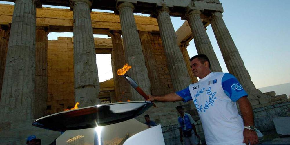 Οι χρυσές σελίδες του Ολυμπιονίκη Μπάμπη Χολίδη που «έφυγε» στα 62 του [βίντεο]