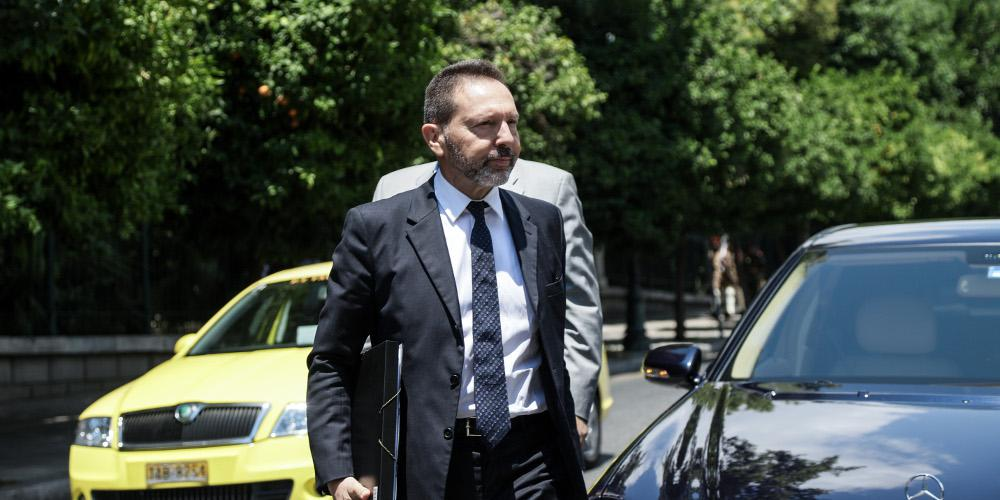 Η κυβέρνηση προτείνει ανανέωση της θητείας του Στουρνάρα στην Τράπεζα της Ελλάδος