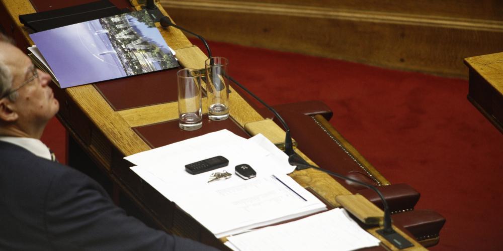 Ο Κώστας Τασούλας εξελέγη πρόεδρος της Βουλής με 283 ψήφους
