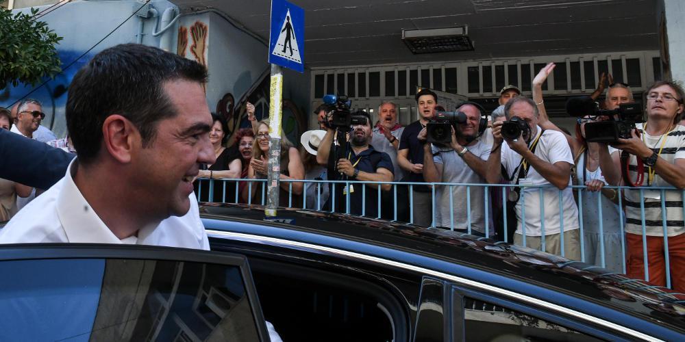 «Νταούλια» στον ΣΥΡΙΖΑ για το αρχηγικό κόμμα που ετοιμάζει ο Τσίπρας