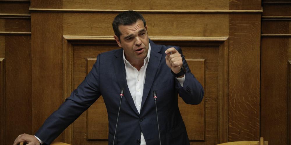 Στο κενό τα παιχνίδια ΣΥΡΙΖΑ με το σύνταγμα