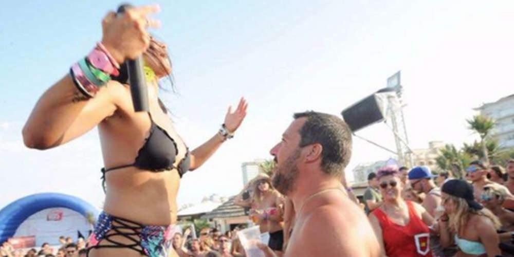 Σάλος στην Ιταλία με τον Σαλβίνι σε ρόλο DJ περιτριγυρισμένος από κοπέλες με μαγιό [βίντεο]