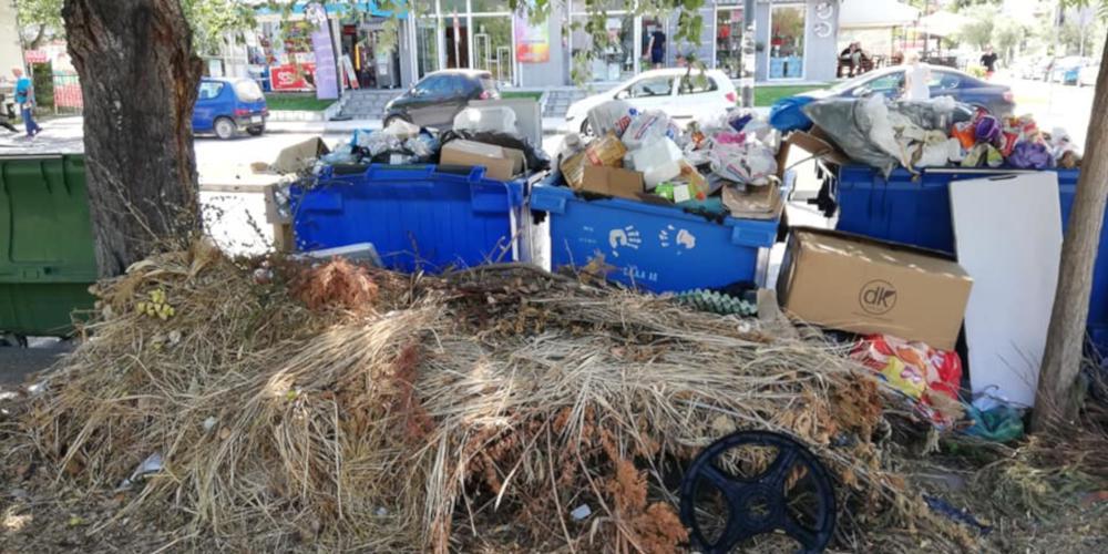 Δήμος Αθηναίων: Με όλο το δυναμικό, ξεκίνησε η αποκομιδή των απορριμμάτων