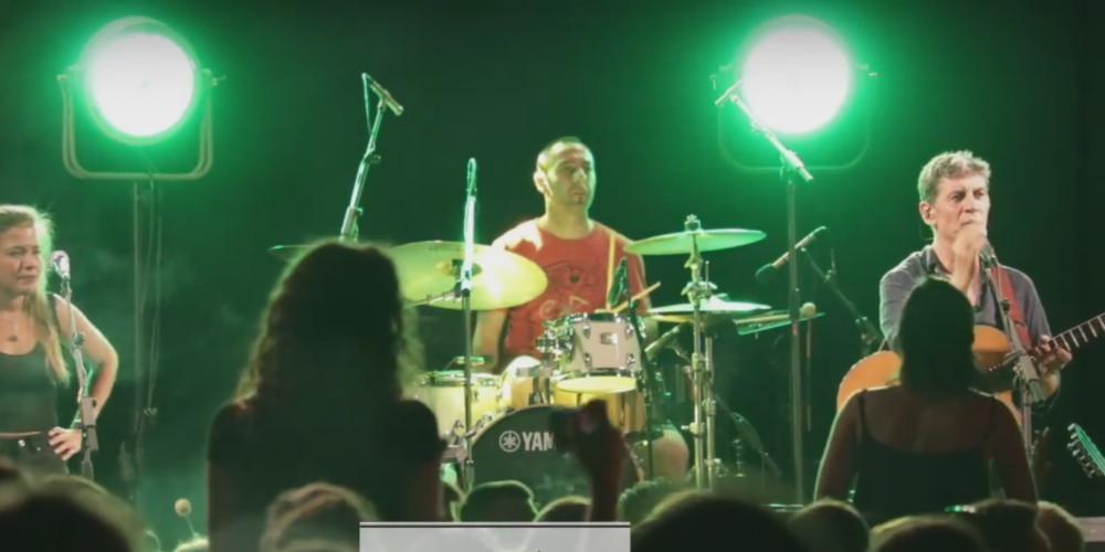 Έξαλλος ο Σωκράτης Μάλαμας σε συναυλία του: Σβήστε το το γαμ..ι [βίντεο]