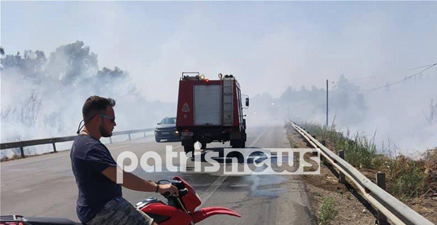Σε εξέλιξη πύρινα μέτωπα σε πολλές περιοχές της χώρας- Ανατράπηκε όχημα της Πυροσβεστικής