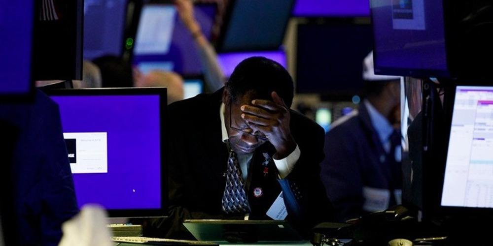 Ανεπαρκή τα μέτρα της Fed - Νέα πτώση άνω του 3% για τον Dow Jones