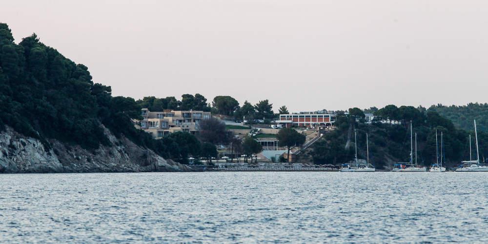 Έκκληση δημάρχων Σκιάθου, Σκοπέλου και Αλοννήσου: Βάλτε τα νησιά μας σε απομόνωση – Φόβος για τους «εκδρομείς» του Πάσχα