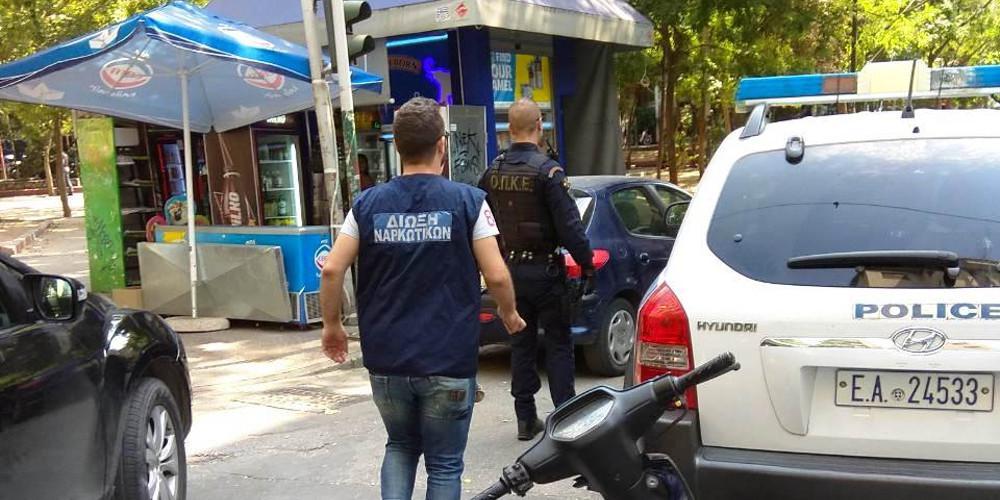 Καίρια χτυπήματα της ΕΛ.ΑΣ στις πιάτσες ναρκωτικών της Αθήνας