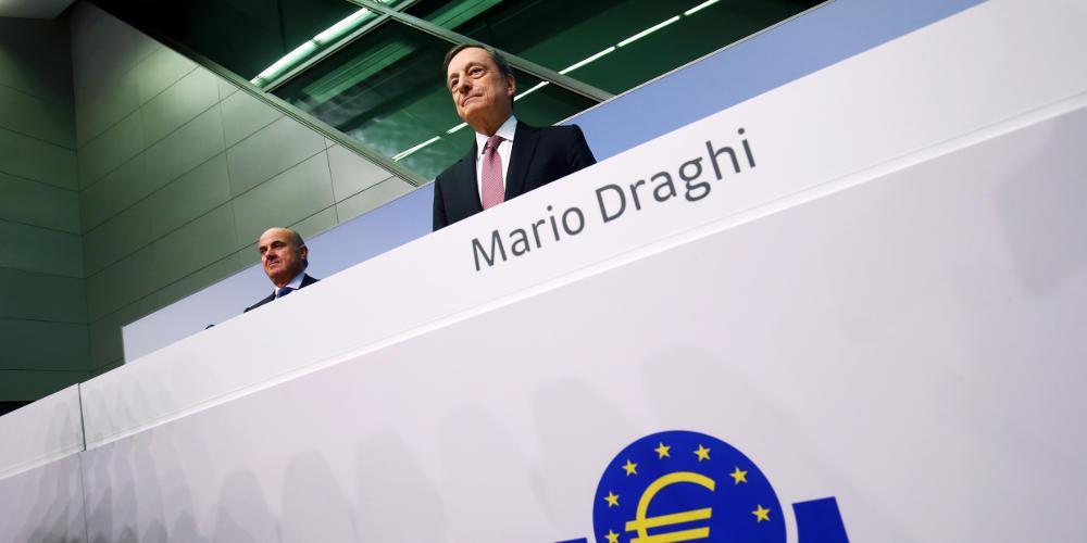 Ο Ντράγκι «φωτογραφίζει» την ένταξη της Ελλάδας στην ποσοτική χαλάρωση