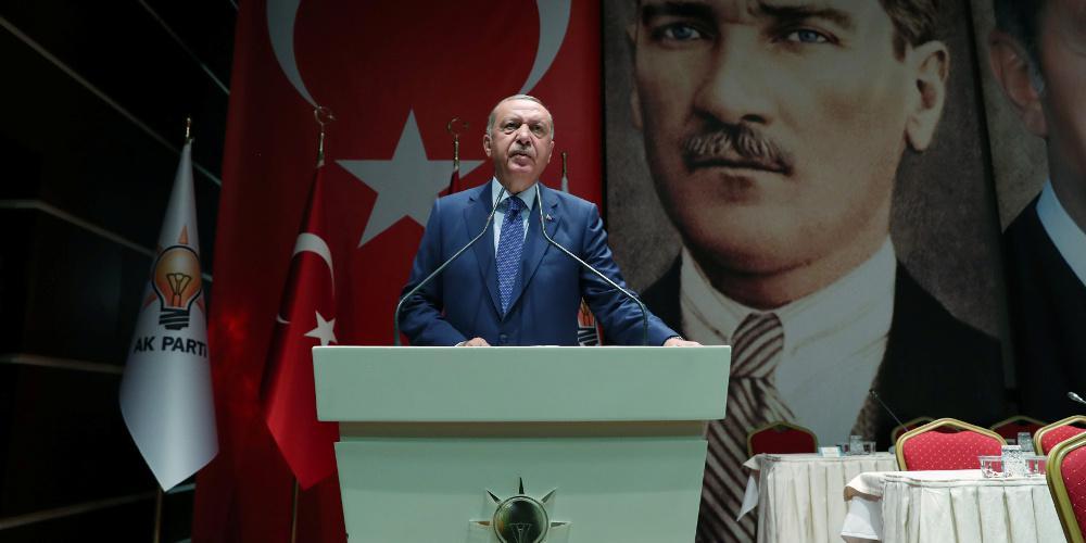 Ο Ερντογάν μήνυσε το Le Point επειδή τον χαρακτήρισε «εξολοθρευτή» των Κούρδων