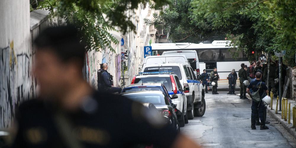Ένοπλοι κουκουλοφόροι εισέβαλαν σε σπίτι ηλικιωμένων στη Θεσσαλονίκη