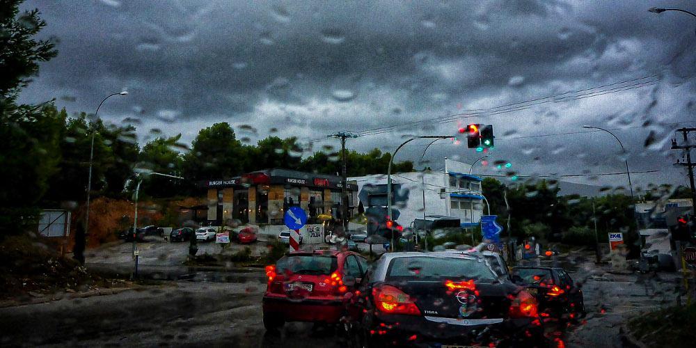 Καιρός - Προσοχή: Αλλάζει το σκηνικό - Έρχονται καταιγίδες - Πού θα είναι ισχυρότερα τα φαινόμενα