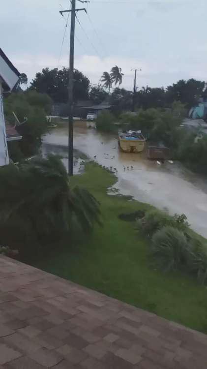 Τυφώνας Ντοριάν: Συγκλονιστικό βίντεο μέσα από το σπίτι υπουργού στις Μπαχάμες