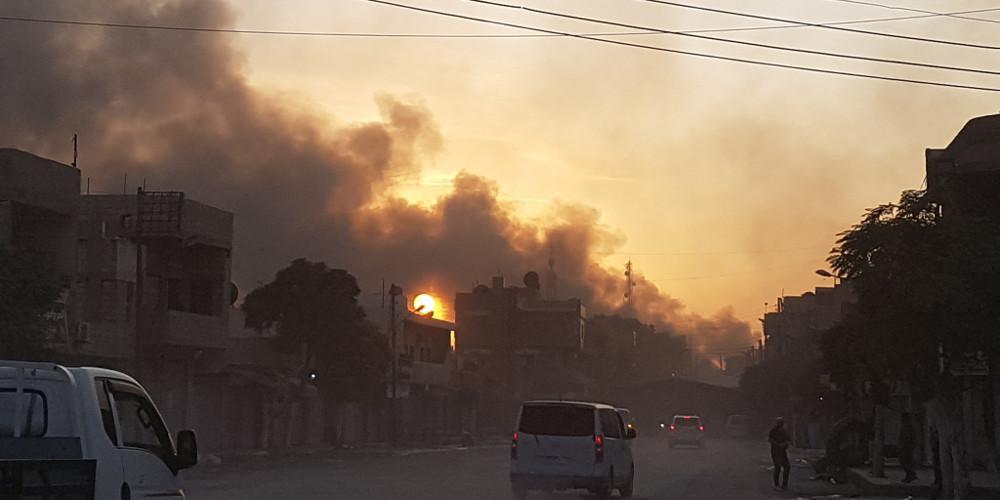 Τουλάχιστον 15 νεκροί, ανάμεσα τους 8 άμαχοι από την τουρκική επίθεση στη Συρία